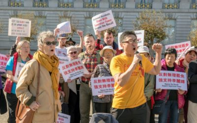 列治文區居民發動罷免李麗嫦 支持者集會強烈反對 (Residents of Richmond District launch recall of Sandra Lee Fewer; Fewer supporters rally to oppose)